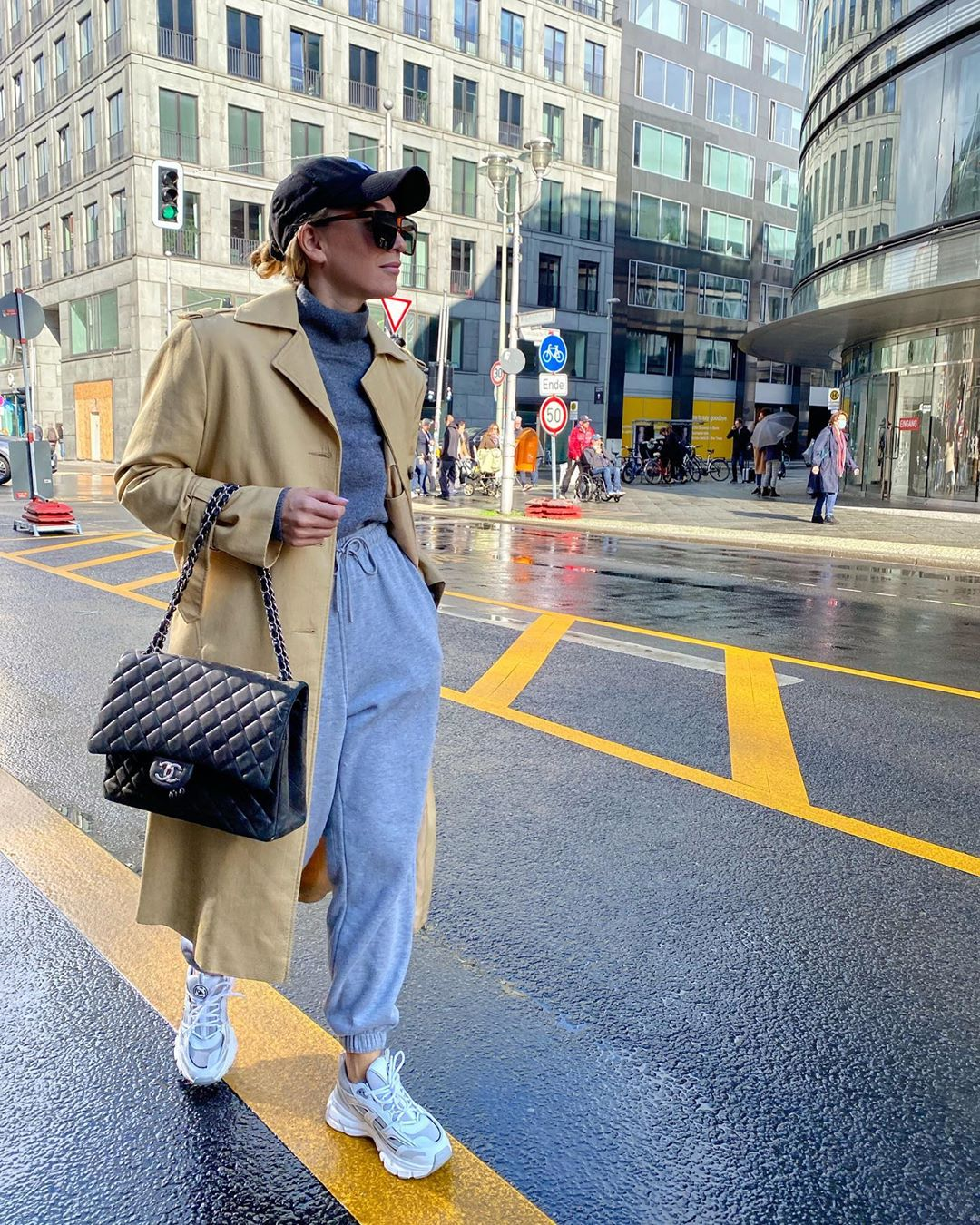 sonia-lyson-frankie-shop-vanessa-cotton-trackpants-grey-trench-outfit-instagram