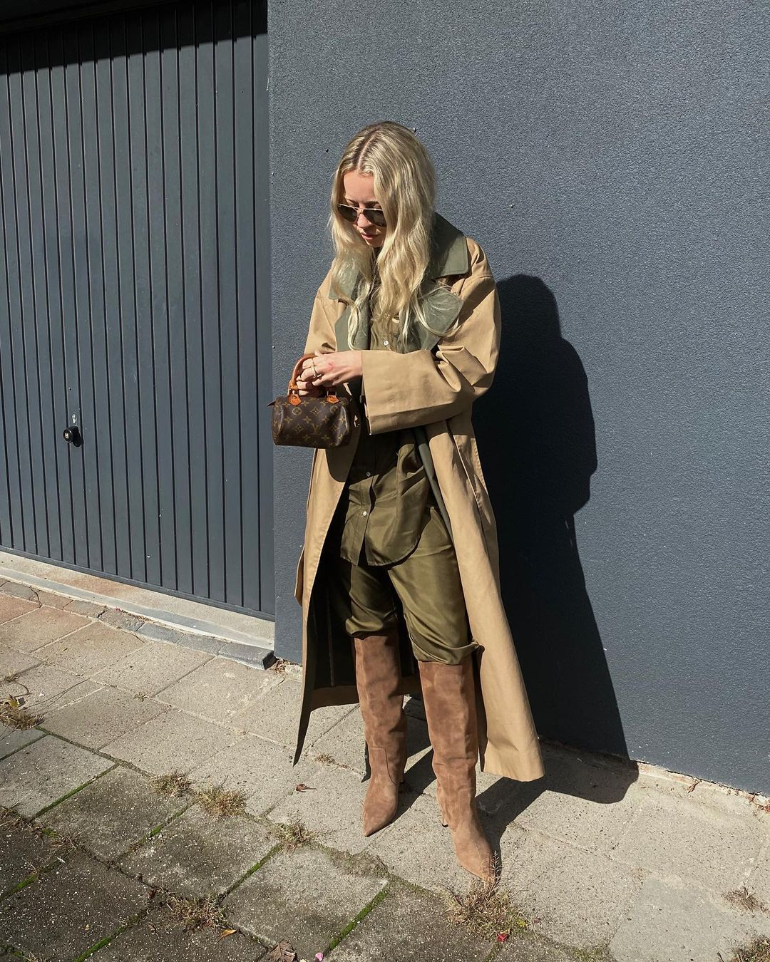 stephanie-broek-pjs-trench-ganni-instagram