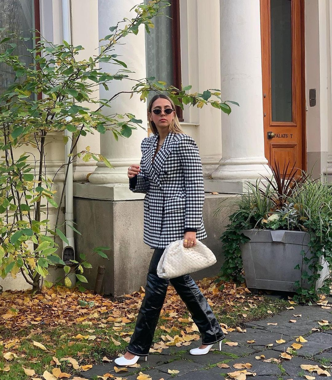 hanna-mw-balenciaga-vichy-hourglass-double-breasted-checked-jacket-instagram