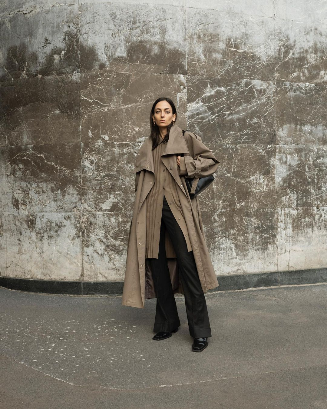 ilenia-toma-frankie-shop-collar-volume-cotton-trench-coat-instagram