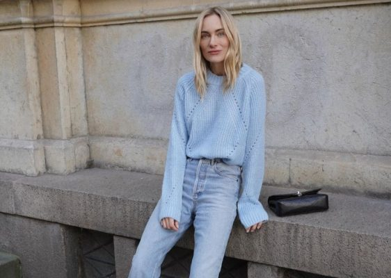 Fashion girls convinced me that I need a new pair of jeans…