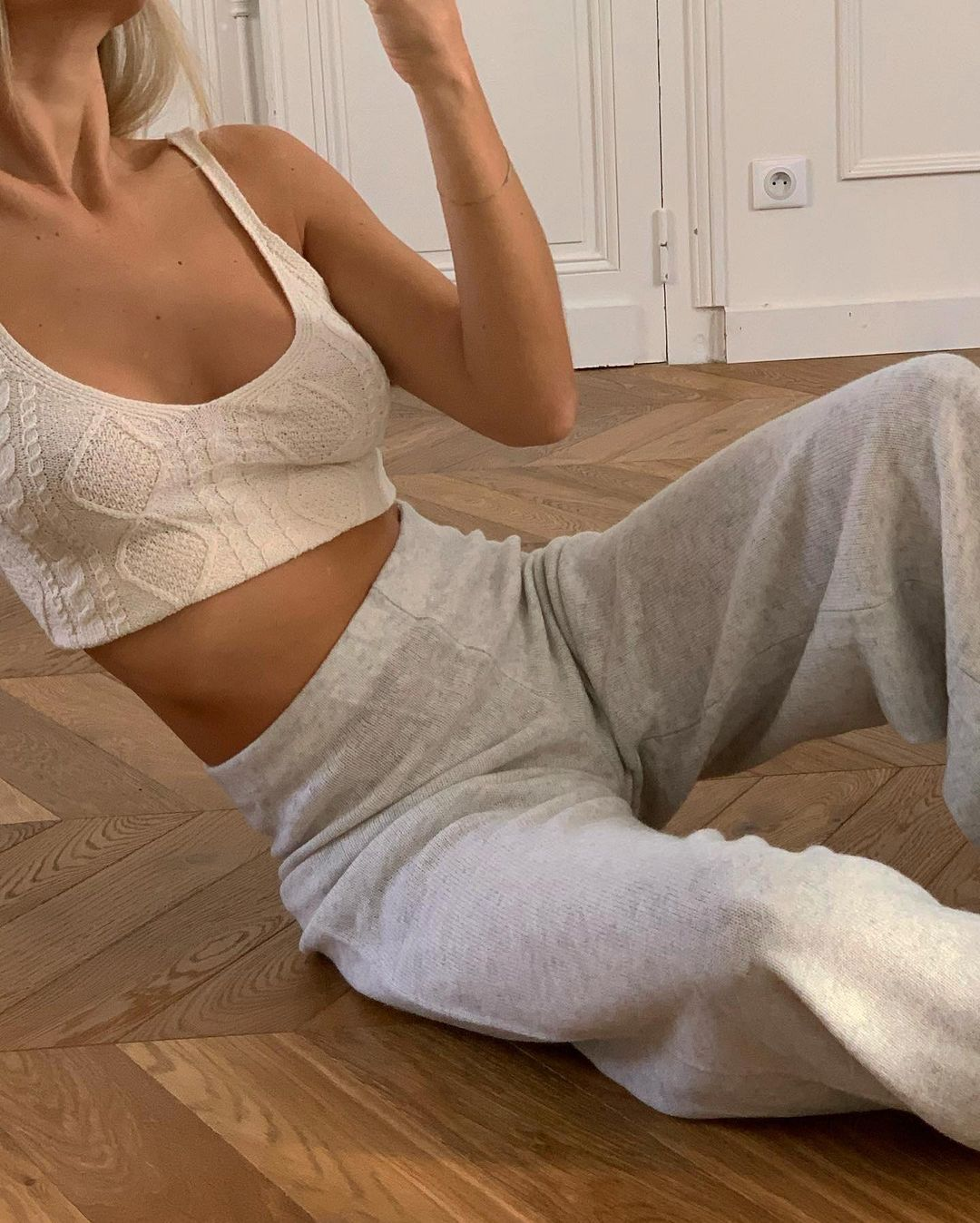 anne-laure-mais-bralette-knit-pants-outfit-instagram