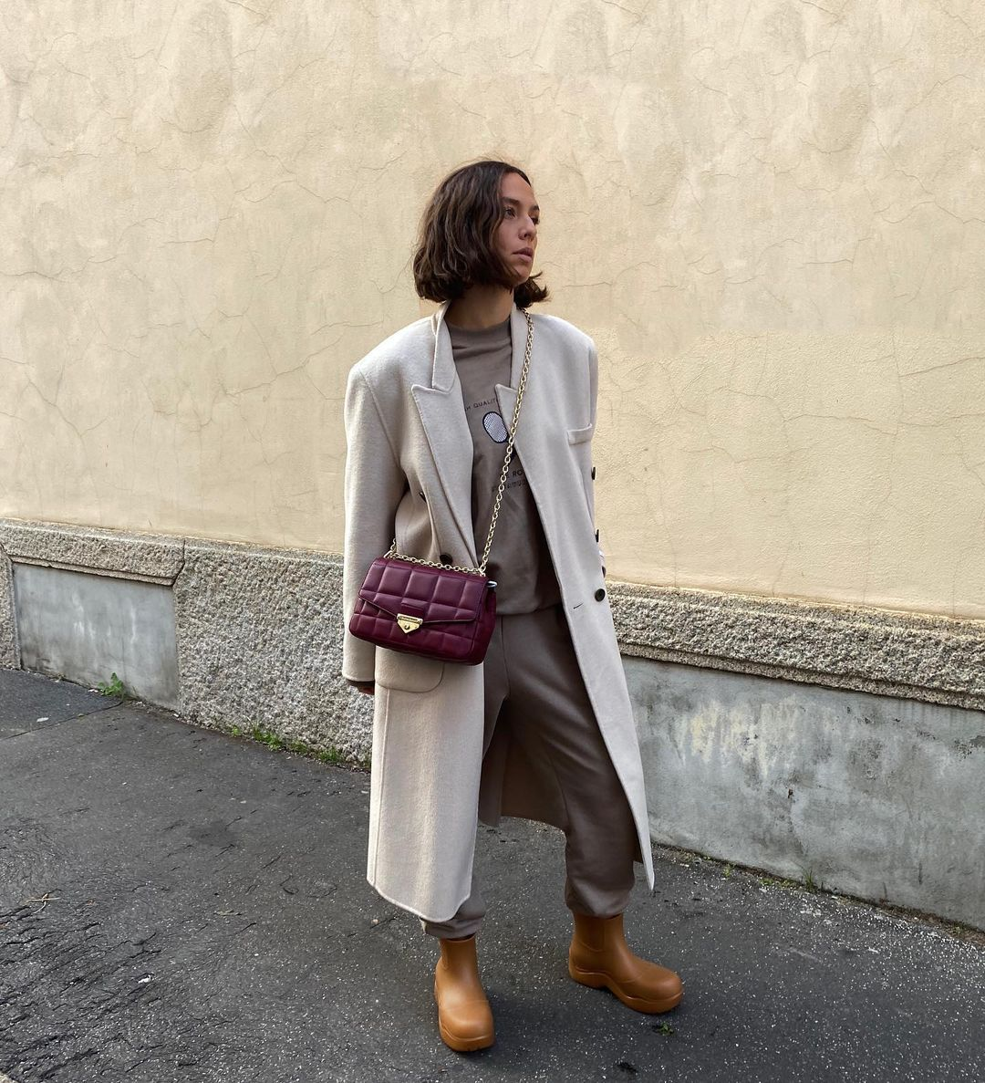 erika-boldrin-bottega-veneta-rubber-ankle-boots-rubber-band-instagram