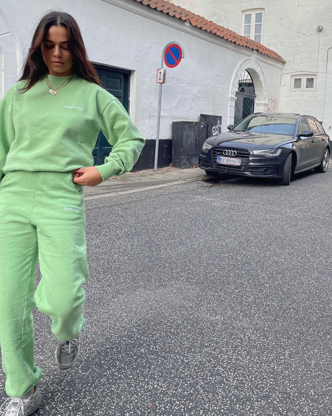 naomi-anwer-sporty-and-rich-light-green-cotton-set-instagram