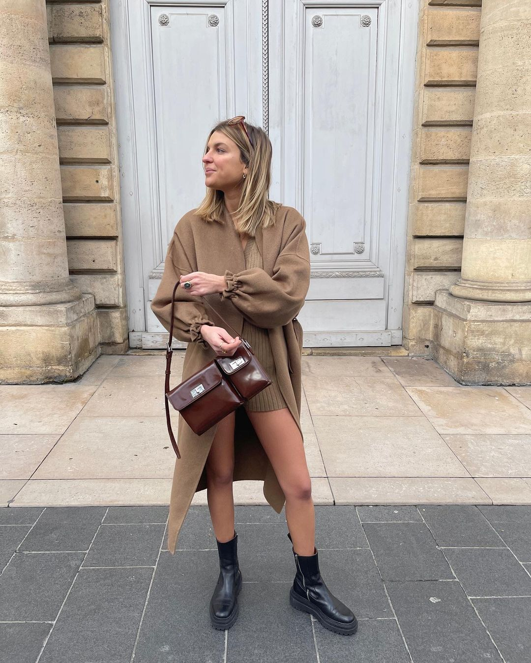 audrey-afonso-by-far-billy-glossed-leather-shoulder-bag-instagram