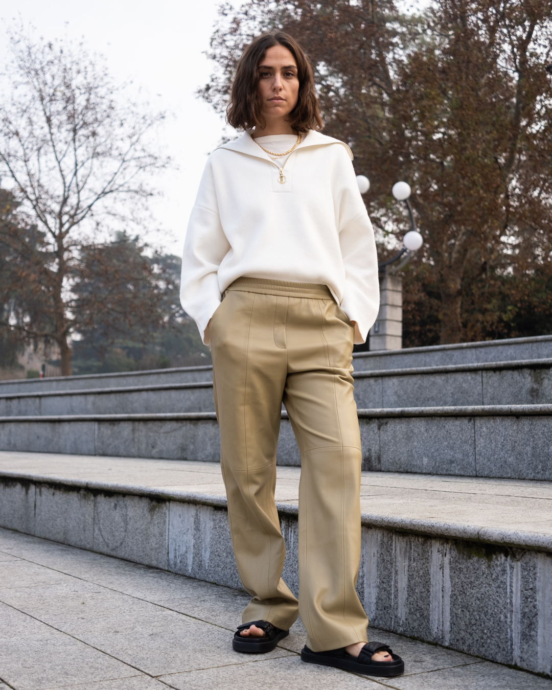 erika-boldrin-mango-leather-effect-straight-trousers-instagram