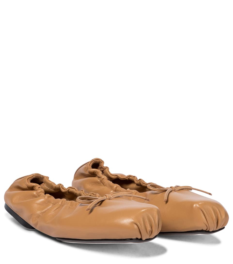 khaite-ashland-leather-ballet-flats-tan