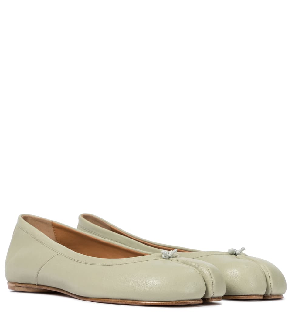 maison-margiela-tabi-leather-ballet-flats