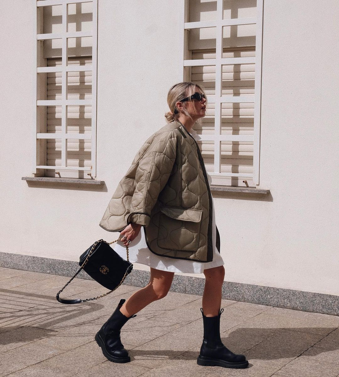 martina-pinto-frankie-shop-oversized-collarless-quilted-jacket-moss-green-instagram