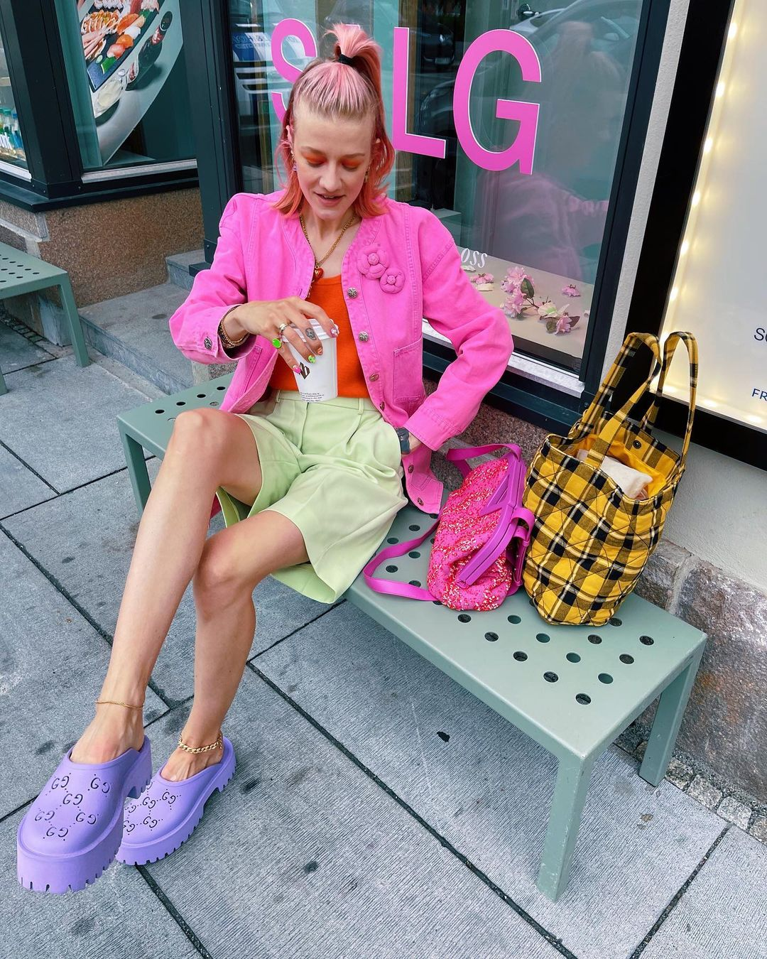 marianne-theodorsen-gucci-platform-perforated-g-sandal-lilac-rubber