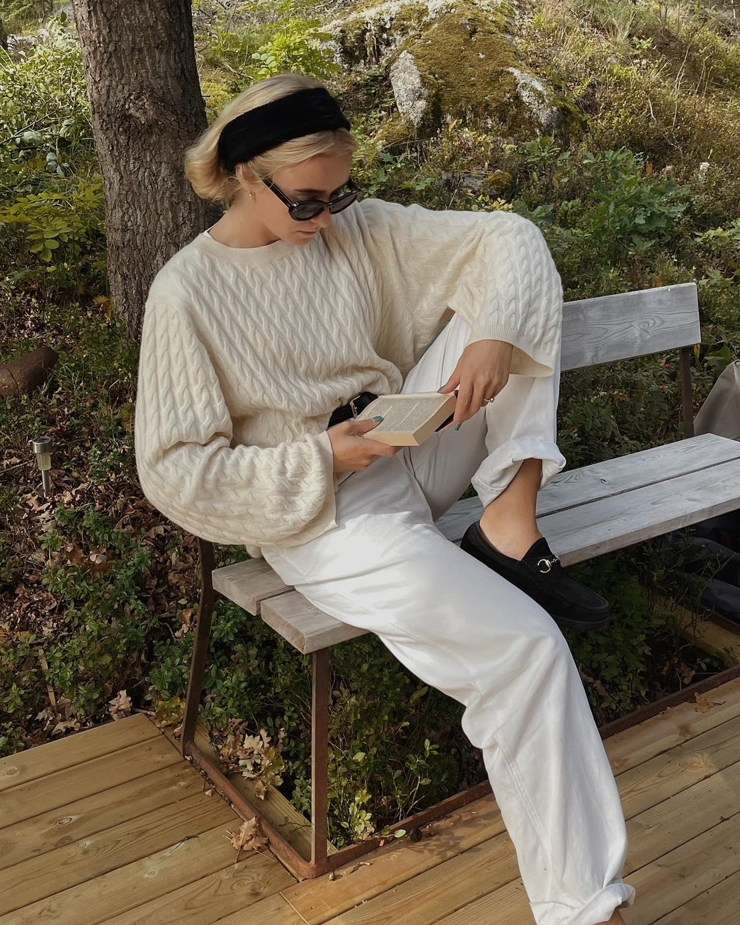 fanny-ekstrand-toteme-cashmere-cable-knit-sweater-instagram